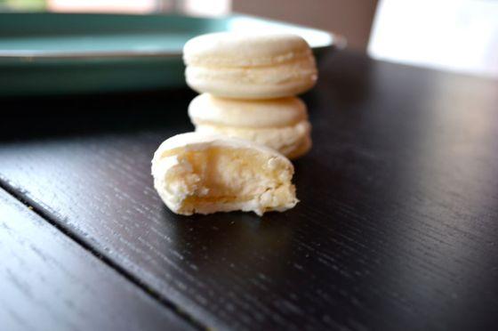 Glutenfreeskinny.net - vanilla on vanilla macaron