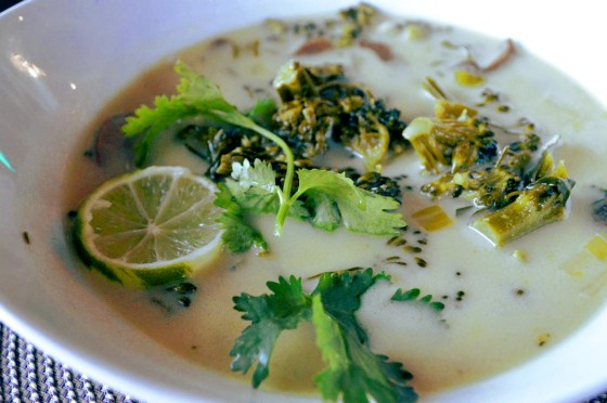 Tom Kah Thai Coconut Soup: vegan, gfree http://glutenfreeskinny.net